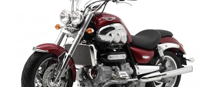 Triumph-Rocket-III-xe-moto-ban-tren-ebay-hinh3